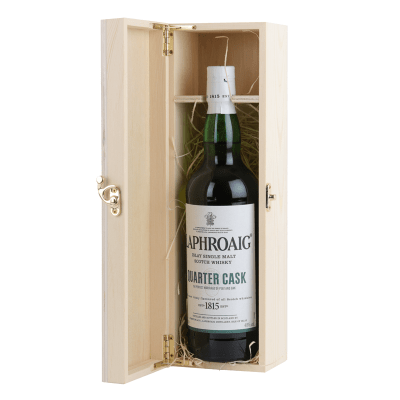 Laphroaig Quarter Cask Scotch Whisky Gift Pack